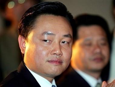 Wong Kwong Yu tại buổi lễ công bố đối tác chiến lược giữa Gome và Motorola tại Bắc Kinh, Trung Quốc hôm 16/11/2006. Ảnh: AP.