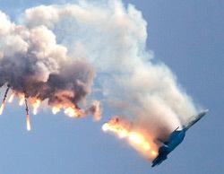Phi cơ quân sự Nga Su-27 bay trên Quảng trường Đỏ. Ảnh: RIA Novosti.