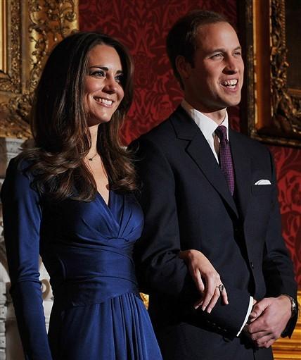 William và Kate trong ngày công bố đính hôn. Ảnh: AFP.
