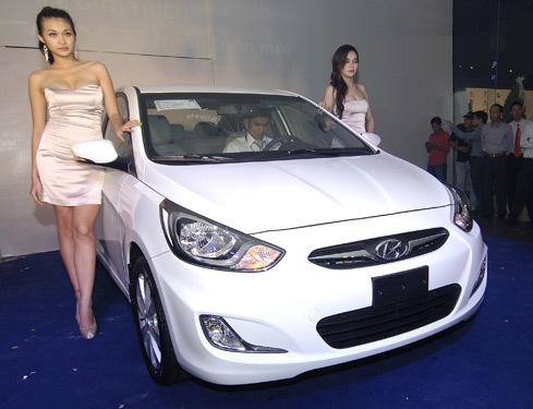 Accent trong lễ ra mắt tại Hyundai Bến Thành, nhân dịp khai trương ngày 29/12.