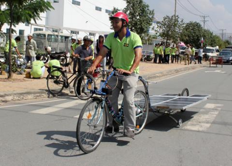 a-tb-13-solar-car-1349432586_480x0.jpg