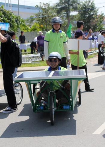a-tb-16-solar-car-1349432586_480x0.jpg