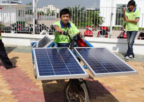a-tb-5-solar-car-1349432585_480x0.jpg