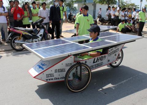 a-tb-8-solar-car-1349432585_480x0.jpg