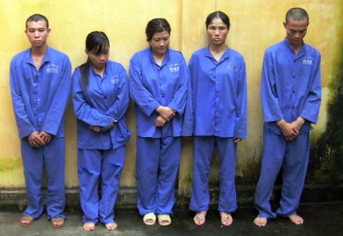 Những người tham gia đường dây buôn người do công an huyện Từ Liêm triệt phá.
