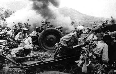 Một đơn vị pháo của Triều Tiên trong một trận đánh. Ảnh: