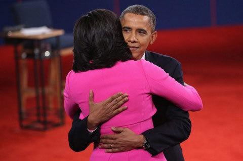 Vợ chồng nhà Obama l