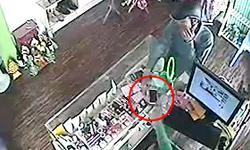 Cô gái giật lại Galaxy S3 từ tay kẻ trộm