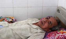 Cụ ông 79 tuổi bị ném đá bất tỉnh