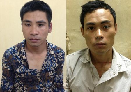 Sơn (trái) và Khâm tại trụ sở công an. Ảnh: Hoàng Việt.