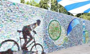 Bức tường ảnh thể hiện tinh thần yêu vận động của giới trẻ
