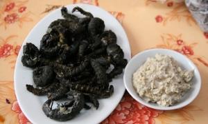 Món ăn sâu đá đậm bùi của người Thái