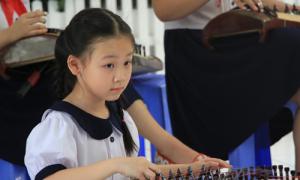 Trường 'điểm' ở Sài Gòn gắt gao trong tuyển sinh đầu cấp
