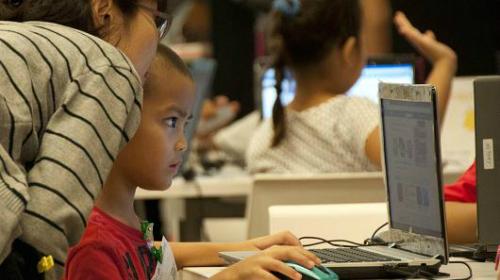 Trẻ 5 tuổi có thể học lập trình