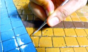 3 tháng bóc gạch mosaic Thương xá Tax Sài Gòn để bảo tồn