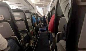 Hành khách ngồi cùng thi thể 3 giờ trên chuyến bay tới Nga