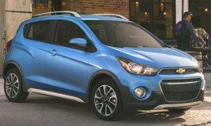 Xe đô thị Chevrolet Spark Activ giá 17.000 USD