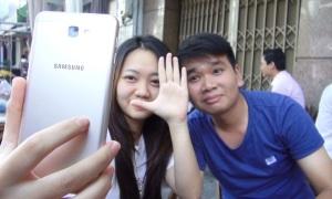 Giới trẻ Sài Gòn trải nghiệm Samsung Galaxy J7 Prime