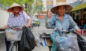 Nam sinh Sài Gòn nhặt ve chai giúp mẹ được 27,7 điểm khối A1