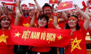 'Người hâm mộ nên thay đổi cách cổ vũ đội tuyển Việt Nam'