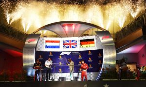 Hamilton về nhất tại Grand Prix Singapore
