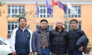 Bố Ngọc Hải, Trọng Hoàng vượt 300 km ra Mỹ Đình cổ vũ con