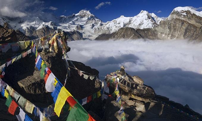 Năm câu hỏi về đỉnh núi cao nhất thế giới
