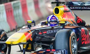 Lý do xe đua F1 không có túi khí