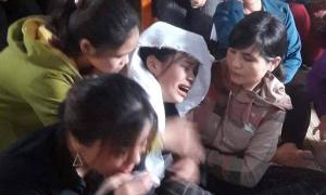 Hà Tĩnh đặc cách xét tốt nghiệp cho nữ sinh bỏ thi vì bố qua đời