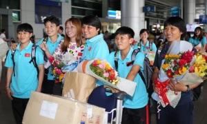 Vì sao tuyển nữ Việt Nam về nước trong lặng lẽ
