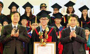 Hà Nội vinh danh 86 thủ khoa năm 2019
