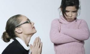 'Trường khó dạy điều đúng khi cha mẹ cho phép làm sai'