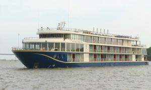Cần Thơ có du thuyền 6,5 triệu USD đi Campuchia