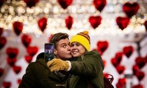 Không khí Valentine trên khắp thế giới