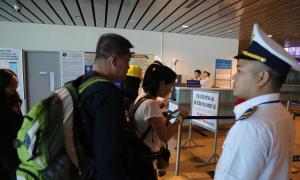 Khách Hàn Quốc nhập cảnh phải khai báo y tế