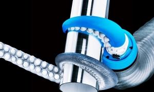 Robot vòi bạch tuộc uốn cong siết chặt mọi đồ vật