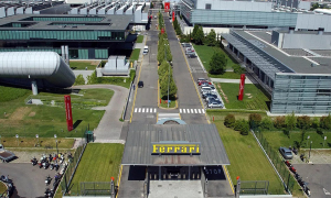 Sản xuất ôtô tại châu Âu 'tê liệt' vì dịch Covid-19