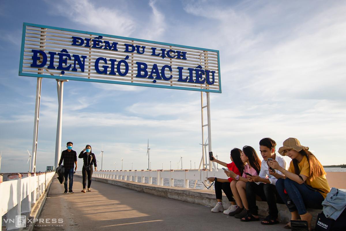 Bac Lieu wind farm - the largest wind farm in Vietnam