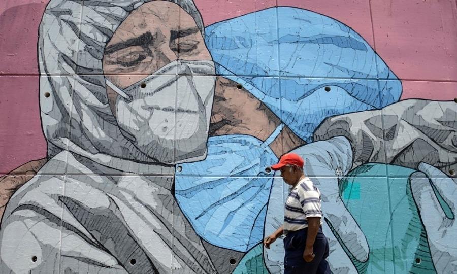 Mexico cảnh báo khẩu trang nhặt từ thùng rác