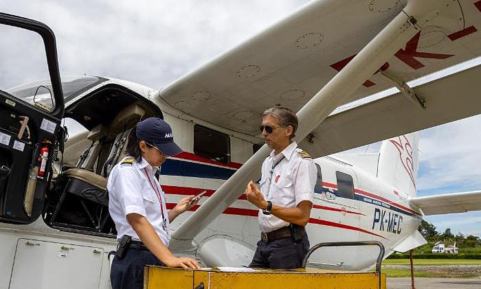 Nữ phi công tử nạn khi vận chuyển kit xét nghiệm Covid-19