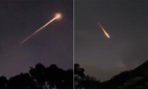 Mảnh tên lửa Nga cháy rụi trên bầu trời