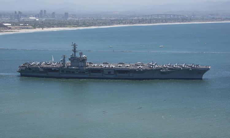 Hai nhóm tàu sân bay Mỹ cùng trở lại Thái Bình Dương