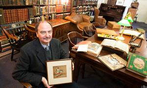Trộm 300 sách quý trị giá hơn 8 triệu USD
