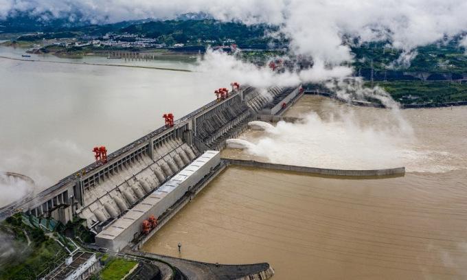 Mưa lớn đe dọa gây thêm lũ lụt ở Trung Quốc
