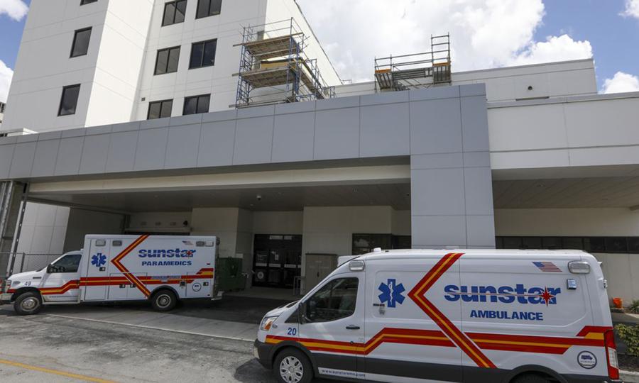 Hơn 40 bệnh viện Florida hết giường điều trị Covid-19