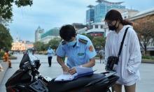 TP HCM phạt người không đeo khẩu trang nơi công cộng