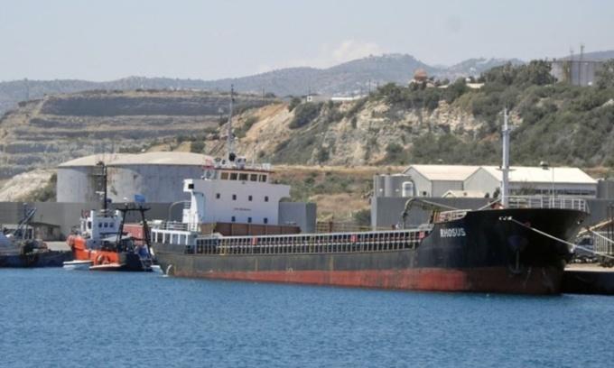 Con tàu như 'quả bom nổi' đưa thảm họa đến Beirut