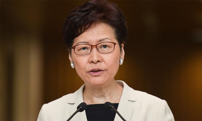 Mỹ trừng phạt trưởng đặc khu Hong Kong