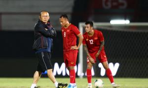 Hủy tập trung đội tuyển Việt Nam