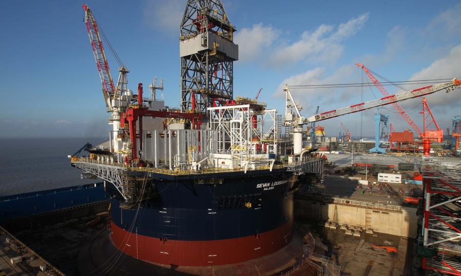Ấn Độ có thể cấm thuê tàu dầu Trung Quốc